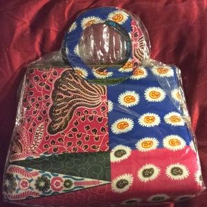 Handbags - New Authentic African print Tote w/ circle handle